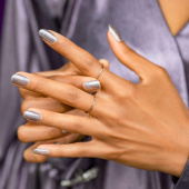 OPI Infinite Shine Muse of Milan OPI Nails the Runway
